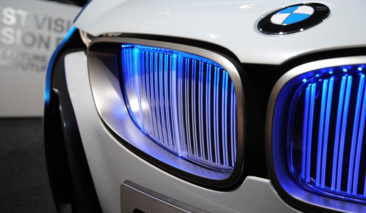 BMW anuncia Mini y X3 eléctricos