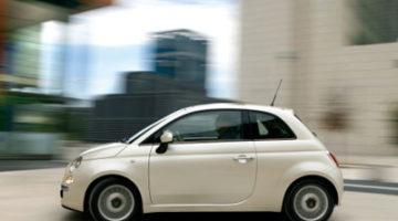 Imagen del Micro-Vett Fiat 500 circulando