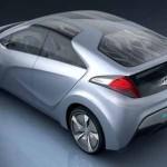 Imagen superior del Hyundai Blue-Will Concept, donde se observan los paneles fotovoltaicos del techo
