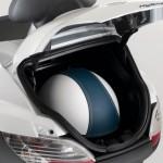 Imagen de la caja-maletero de la Piaggio MP3 Hybrid