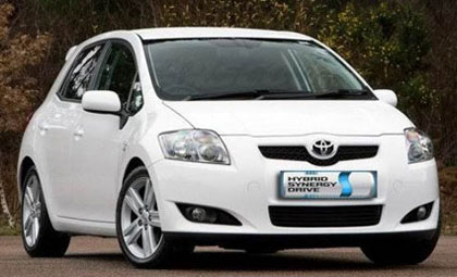 Imagen del Toyota Auris Híbrido HSD en el exterior
