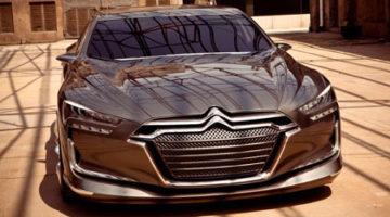 imagen del Citroën Metropolis en callejon