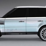 lateral del Land Rover Range_e con cristales negros