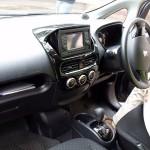 interior del Peugeot iOn