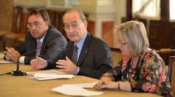 firma del convenió de colaboración para el proyecto Smartcity Málaga