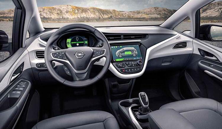 Imagen renderizada del interior del Opel Ampera-e, que anuncia 500 km de autonomía.