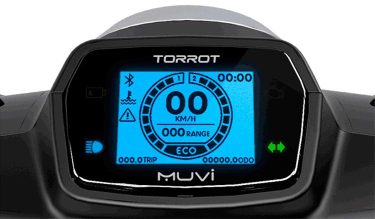 Imagen donde podemos apreciar el diseño e información que muestra el Display LCD de la Torrot Muvi.