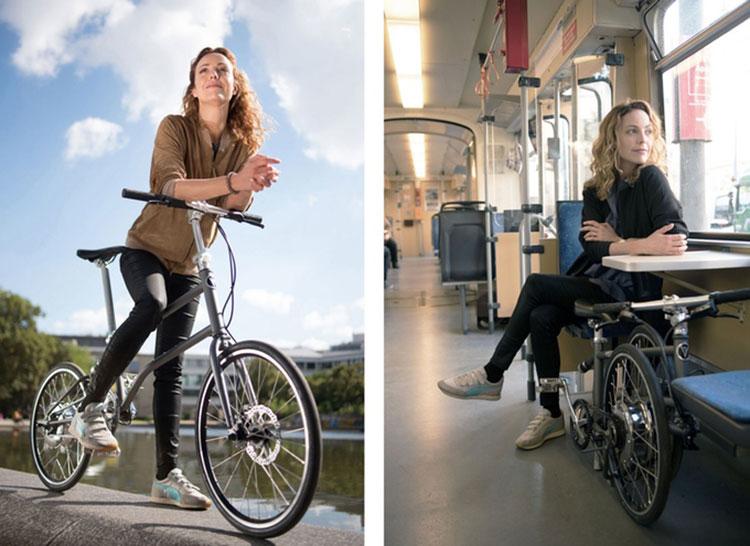 Imagen compuesta donde vemos una mujer utilizando la Vello Bike+ en la ciudad, y guardando la bicicleta plegada dentro de un tren.