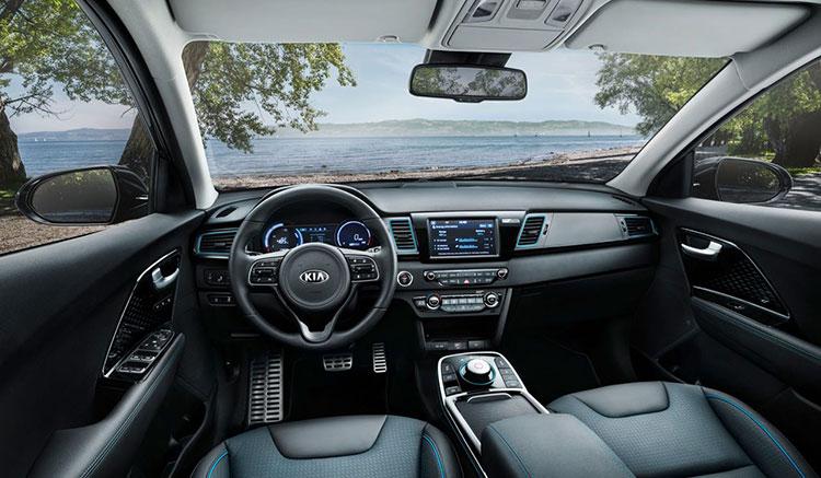 Imagen donde podemos apreciar los diversos detalles del interior del Kia e-Niro.