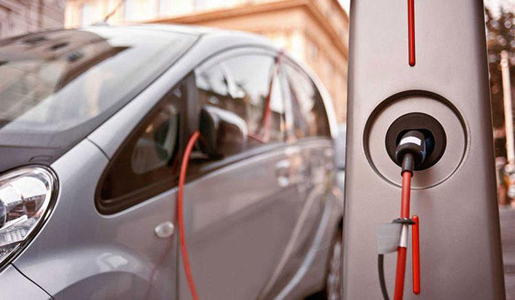 Precios de coches híbridos y eléctricos con el Plan Moves